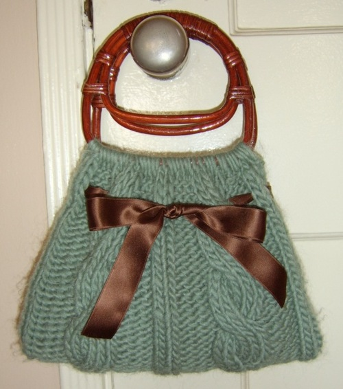 Lovely Knitted Bag Patterns (Including A Vintage Design) : TipNut.com
